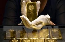 Giá vàng thế giới trượt khỏi mốc 1.800 USD mỗi ounce