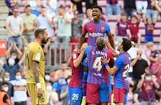 Barcelona chấm dứt chuỗi trận thất vọng bằng chiến thắng tưng bừng