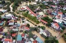 Tiếp tục khắc phục hậu quả mưa lũ gắn với an toàn dịch COVID-19
