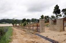 Lâm Đồng: Hủy hoại mốc giới, xây dựng không phép ven hồ Próh