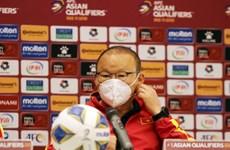 HLV Park lên tiếng về việc bị chỉ trích sau trận thua Trung Quốc