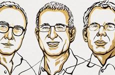 Ba nhà kinh tế người Mỹ giành giải Nobel Kinh tế năm 2021
