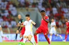 Sai lầm cá nhân cùng VAR khiến Việt Nam thua ngược chủ nhà Oman 1-3
