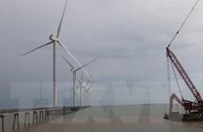 Hoàn thành lắp đặt trụ điện gió dự án điện gió Đông Hải 1-Trà Vinh
