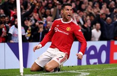 Ronaldo ghi bàn giúp Manchester United ngược dòng không tưởng