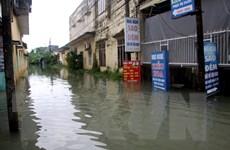 Mưa lớn khiến nhiều tuyến đường và khu dân cư ở Quảng Nam bị ngập