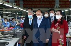 Chủ tịch nước thăm doanh nghiệp tiêu biểu do người cao tuổi quản lý
