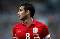 """Tin sáng 15/11: Mourinho """"săn"""" Falcao, Lampard được vinh danh"""