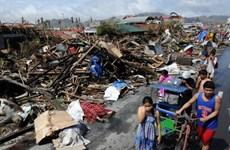 Công ty JCB ủng hộ các nạn nhân bão Haiyan 10 triệu yen
