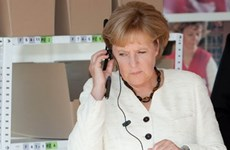 Chính trị gia Đức chuyển sang dùng điện thoại bảo mật