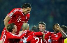 Kết quả bóng đá châu Âu: Chelsea, Bayern, Barca thắng đậm