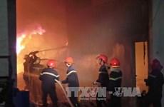 """""""Bà hỏa"""" liên tục ghé thăm Hà Nội những ngày áp Tết"""