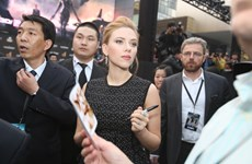 Scarlett Johansson gây sốt tại lễ ra mắt phim ở Bắc Kinh
