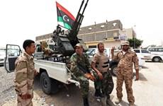 Các tay súng tuyên bố giải tán quốc hội lâm thời Libya