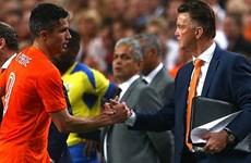 Van Gaal nói gì sau khi cập bến M.U, nhận Giggs làm trợ lý?