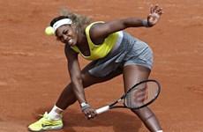Roland Garros chứng kiến cú sốc lớn từ chị em nhà Williams