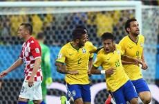 Brazil ngược dòng thành công nhờ quả phạt đền gây tranh cãi