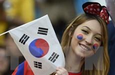 Vẻ đẹp rạng ngời, gợi cảm của các nữ cổ động viên Hàn Quốc