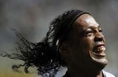 Đi tìm Ronaldinho: Khi thần tượng không phải là biểu tượng