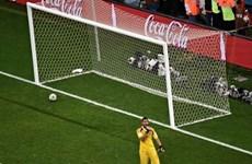 Hà Lan bị tước bàn thắng trên chấm 11m ở trận thua Argentina?