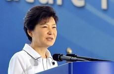 """Cử tri Hàn Quốc """"sát hạch"""" chính phủ của bà Park Geun-hye"""