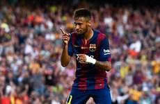 Neymar lập hat-trick để trở lại cuộc đua với Gareth Bale
