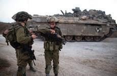 Quân đội Israel nổ súng vào một số người bị nghi vượt biên giới