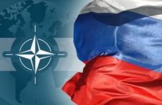 """Nga và NATO lại """"khẩu chiến"""" về tình hình căng thẳng ở Ukraine"""