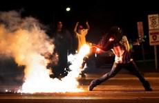 Mỹ dỡ bỏ tình trạng khẩn cấp ở Ferguson áp dụng suốt 1 tháng qua
