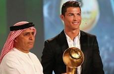Được vinh danh cầu thủ xuất sắc nhất, Ronaldo hướng tới Quả bóng Vàng