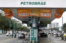 Petrobras đình chỉ hợp đồng với nhà thầu trong bê bối tham nhũng