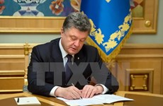 Tổng thống Ukraine Poroshenko nêu những ưu tiên sửa đổi hiến pháp