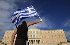 """Hy Lạp """"dễ thở"""" hơn sau khi chấp nhận các biện pháp khắc khổ"""
