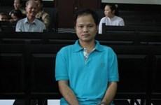 Vụ chai nước ngọt 500 triệu đồng: Bị cáo bị đề nghị 12-13 năm tù
