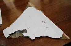 Mảnh vỡ ở Mozambique mang các đặc điểm của máy bay MH370
