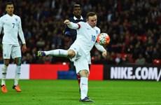 """Roy Hodgson có dám dũng cảm để Wayne Rooney """"về vườn""""?"""