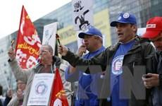 Nhân viên GE châu Âu biểu tình phản đối kế hoạch tái cơ cấu