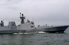 Ấn Độ điều nhiều tàu hải quân tham gia tập trận gần Biển Đông