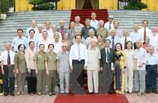 Chủ tịch nước gặp mặt các cán bộ từng phục vụ, bảo vệ Bác Hồ