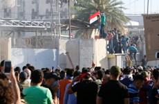 An ninh Iraq nổ súng bắn gục người biểu tình tại Vùng Xanh