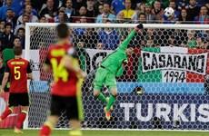 """EURO 2016: Thủ môn tuyển Bỉ """"tâm phục, khẩu phục"""" trước Italy"""