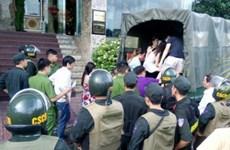 Hải Phòng: Đột kích quán karaoke, di lý khoảng 400 đối tượng
