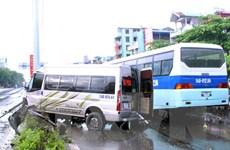 Vụ xe khách đâm dải phân cách ở Quảng Ninh: Lái xe đã tử vong