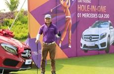 Tay golf Đường Ngọc Dương nhận xe 1,8 tỷ đồng sau cú hole-in-one