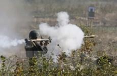Ukraine tăng cường triển khai quân đối phó với quân đội Nga