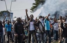 Cảnh sát Gabon bắt giữ hơn 200 đối tượng cướp phá ở thủ đô