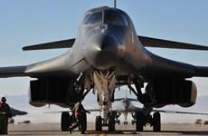 [Video] Máy bay ném bom chiến lược Mỹ phô sức mạnh tại Hàn Quốc