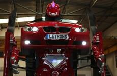 [Video] Kinh ngạc với xe BMW biến hình thành robot Transformer