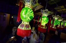 Sửng sốt với những chiếc lồng đèn tuyệt đẹp làm từ dưa hấu