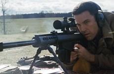 """[Video] Ben Affleck """"bỏ"""" Batman để vào vai kế toán sát thủ"""